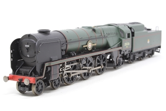 R2599Mloco Merchant Navy Class 4-6-2 35026 'Lamport and Holt Line' in BR Lined Green. Split from Royal Wessex train pack