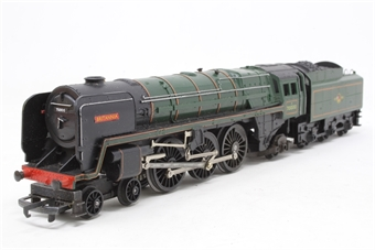 R259S-PO05 Class 7MT Britannia 4-6-2 'Britannia' 70000 in BR Green - Pre-owned - One front bogie wheel missing, so axle is loose - poor box