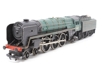 R259S-PO07 Class 7MT Britannia 4-6-2 'Britannia' 70000 in BR Green - Pre-owned - sold as seen - non runner- missing nameplates- worn decals- mark on coal load on tender - replacement box