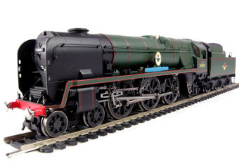 """R2606 Rebuilt Battle of Britain Class 4-6-2 34109 """"Sir Trafford Leigh Mallory"""" in BR Green with late crest"""