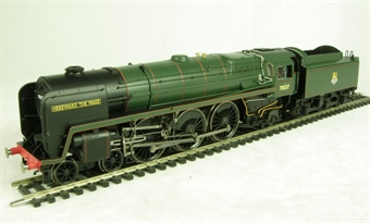"R2619 Class 7MT Britannia 4-6-2 70037 ""Hereward the Wake"" & tender in BR Green with early emblem"