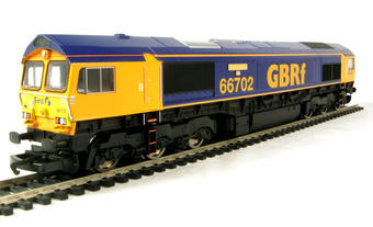 R2652 Class 66 66702 'Blue Lightning' in GBRF livery
