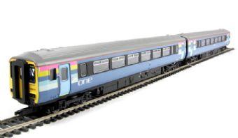 """R2693 Class 156 2 car DMU in """"One"""" livery"""