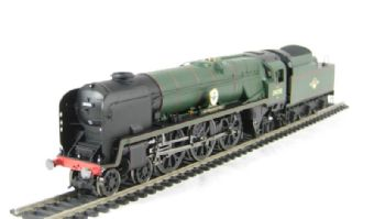 """R2709 Rebuilt Battle of Britain Class 4-6-2 34058 """"Sir Frederick Pile"""" in BR Green with late crest"""