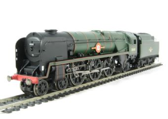 "R2710 Merchant Navy Class 4-6-2 35010 ""Blue Star"" in BR Green with late crest"