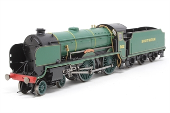 """R2745-PO04 Schools Class 4-4-0 902 """"Wellington"""" in SR Bulleid Green - Pre-owned - DCC fitted, slightly noisy runner"""