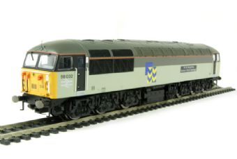 "R2752 Class 56 56032 ""Sir De Morgannwg County of South Glamorgan"" in Railfreight Metals with Toton decal (DCC Ready)"