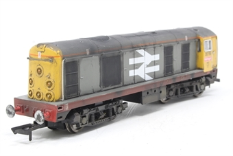 R2760-PO04 Class 20 20118 in Railfreight Red Stripe - Pre-owned - DCC sound fitted - weathered, buffer missing - imperfect box