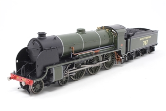"""R2836-PO09 Class N15 4-6-0 767 """"Sir Valence"""" in SR Green - Pre-owned - Like new"""