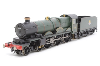 """R2897XS-PO05 Class 4073 'Castle' 4-6-0 4098 """"Kidwelly Castle"""" in BR green with early emblem - DCC sound fitted - Pre-owned - part of footplate loose, imperfect box"""