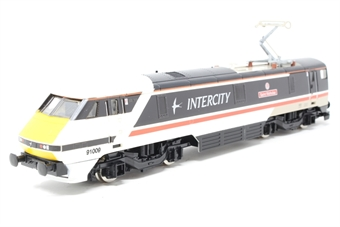 """R293 Class 91 91009 """"St. Nicholas"""" in InterCity swallow livery"""