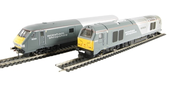 R2951 Wrexham & Shropshire train pack with Class 67 67014 & DVT 82301 in WSMR Grey and Silver livery