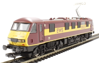 R2955Class90 Class 90 90029 'The Institute of Civil Engineers' in EWS livery