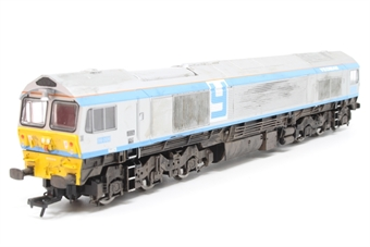 """R3041-PO04 Class 59 59005 """"Kenneth J. Painter"""" in Foster Yeoman Livery - Pre-owned - weathered - missing one coupling hook - glue marks where coupling pockets have been repaired"""