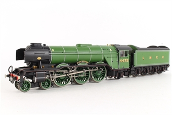 R3081 Class A3 4-6-2 103 'Flying Scotsman' in LNER Green - National Railway Museum limited edition