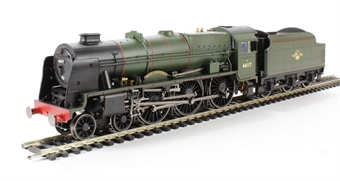 """R3085 Royal Scot Class 4-6-0 """"Welsh Guardsman"""" 46117 in BR Green"""