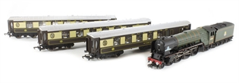 R3093 Tornado Pullman Pack Special Edition (modified Railroad) with Class A1 4-6-2 60163 Tornado & 3 x R223 style Pullman coaches