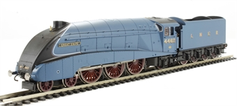 """R3131 Class A4 4-6-2 4462 """"Great Snipe"""" in LNER Blue"""