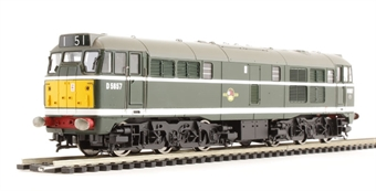 R3144 Class 31 D5657 in BR green with late crest