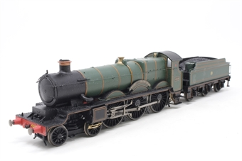 R3166-PO05 Star Class 4-6-0 4018 'Knight Of The Grand Cross' in GWR Green - Pre-owned - Missing smoke box door darts, damage to tender to locomotive connection, glue marks on locomotive