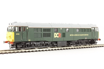 R3262 Class 31/4 31452 in Devon & Cornwall Railways green