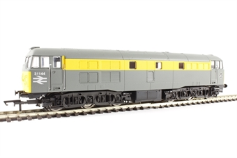 R3275 Class 31 31144 in Civil engineers 'Dutch' grey and yellow - Railroad range