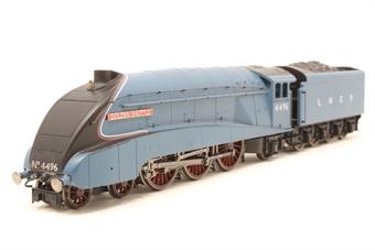 "R3280-PO08 Class A4 4-6-2 4496 ""Golden Shuttle"" in LNER Garter Blue - Railroad range - Pre-owned - Glue marks on front"