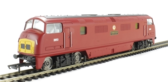 "R3282 Class 42 Warship D853 ""Thruster"" in BR Maroon with Small Yellow Panels - Railroad range"