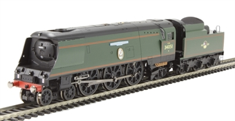 """R3300 Winston Churchill's Funeral Train Pack with Battle of Britain class 4-6-2 34051 """"Winston Churchill"""" in BR green with Late crest, 2 Pullman coaches & SR Baggage car - Limited Edition"""