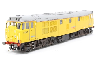 R3344-PO02 Class 31 31285 in Network Rail livery - Pre-owned - weathered - missing coupling hooks - replacement box