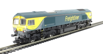 R3345 Class 66 66504 in Freightliner Powerhaul livery