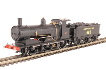 R3419 Drummond Class 700 0-6-0 693 in Southern Railway black