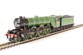 R3439 Class A1 4-6-2 2554 'Woolwinder' in LNER apple green - gloss finish