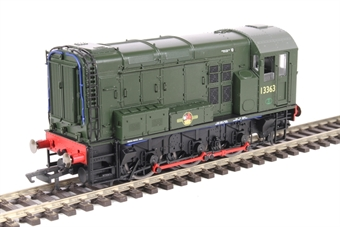 R3484 Class 08 shunter 13363 in BR green with red con rods