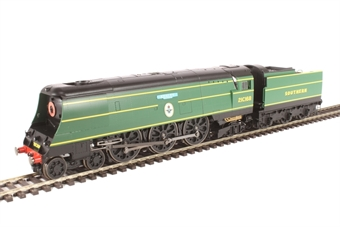 "R3515 Battle of Britain Class (Air Smoothed) 4-6-2 21C168 ""Kenley"" in Southern Railway malachite green - ""The Final Day"" special edition"