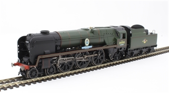 """R3618 Class 7P6F Rebuilt Battle of Britain 4-6-2 34050 """"Royal Observer Corps"""" in BR green with late crest £144"""