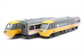 R401Hornby-PO07 Class 43 HST Set in Intercity Executive livery - Pre-owned - Inconsistent Runner Minor marks on paintwork Imperfect Box