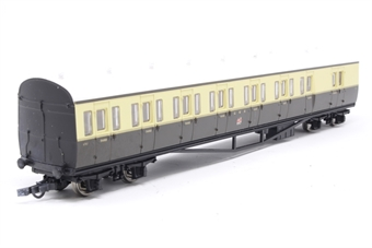 R4030D-PO02 GWR Choc/Cream Suburban B Coach No.6763 - Pre-owned - original couplings replaced with close couplings (no NEM Sockets)
