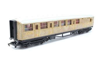 R4063-PO02 LNER teak brake end coach - Pre-owned - Marks on roof, imperfect box
