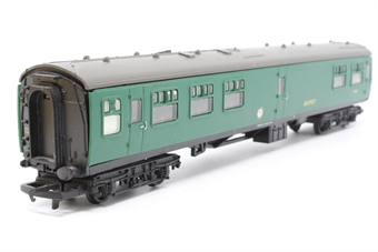 R4117-PO03 Mk1 Buffet Coach in BR Green - Pre-owned - added passenger- missing buffers - mark on roof- imperfect box