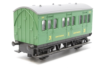 R4121-PO02 S.R Four Wheel Coach 100 - Pre-owned - missing coupling - imperfect box