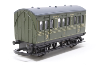 R4135-PO07 SR Olive Green Four Wheel Coach No.350 - Pre-owned - missing one coupling hook