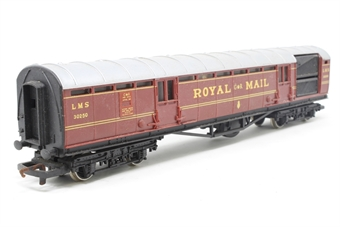 R413A-PO05 L.M.S. Royal Mail Coach Set 30250 - Pre-owned - Like new
