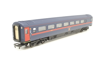 R4315-PO01 Mk3 GNER livery TGS trailer guards standard coach 44094 - Pre-owned - renumbered - missing one coupling - replacement box