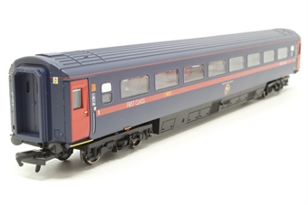 R4322-PO03 Mk3 GNER post-2004 livery 1st Class coach - Pre-owned - Like new