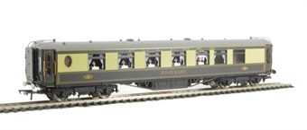 R4426 Pullman 1st Class Parlour Car 'Rosemary' - steel sided with working table lamps