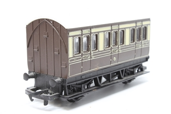 R446-PO27 GWR 4 wheel coach - Pre-owned - marks on sides and roof - imperfect box