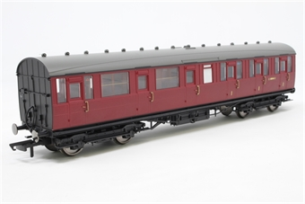 R4521A-PO03 Gresley (Non Vestibuled) suburban composite coach in BR maroon - Pre-owned - Like new