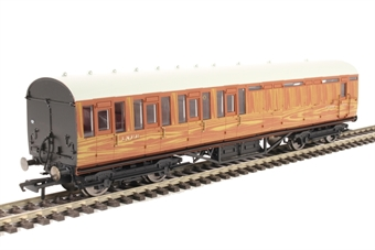 R4574A Thompson non-corridor brake third 87019 in LNER teak