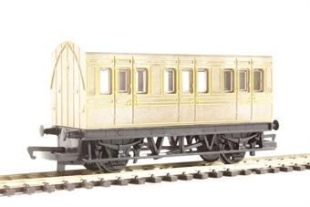 R4674 4-wheel freelance coach in LNER teak - Railroad Range